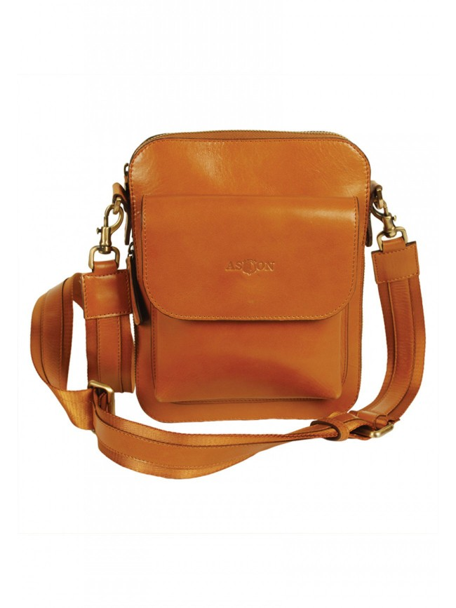 Lucca Shoulder Bag